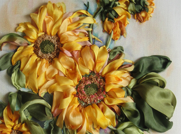 2 close-up sunflowers by Julia Chaschihina