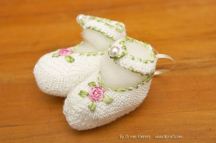 Pink Rose Bootees