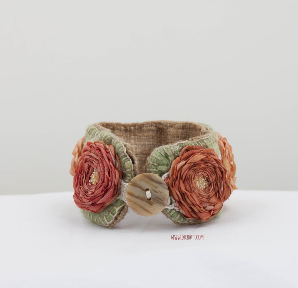 Rosemedallion-DivanNiekerk