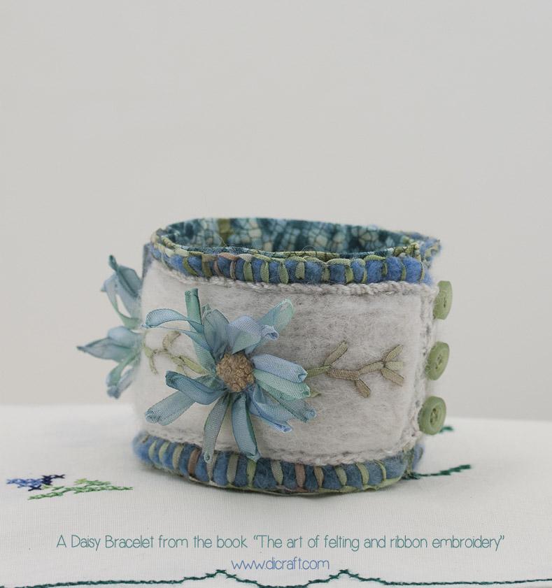 A Daisy Bracelet by Di van Niekerk